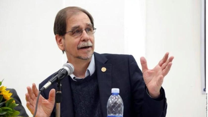 Renuncia Agustín Basave al PRD