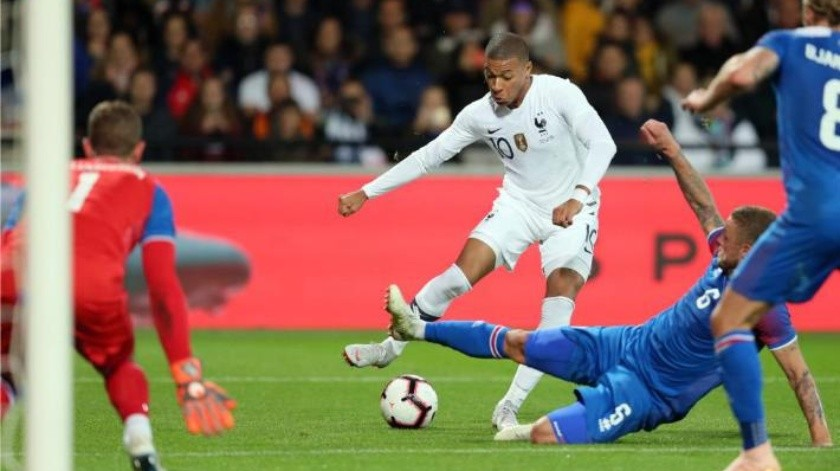 Portugal sin CR7, Mbappé entra y salva a Francia, Alcácer enrachado