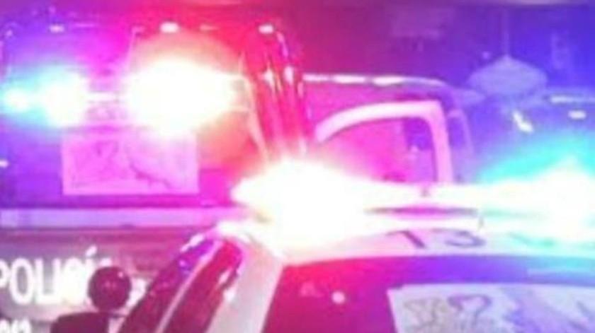 Tras persecución, cae auto con jóvenes a dren en Obregón; dos de las lesionadas son menores