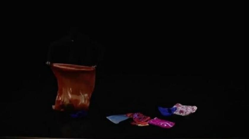 Cobran vida bolsas de plástico y cuentan historias en el Cervantino