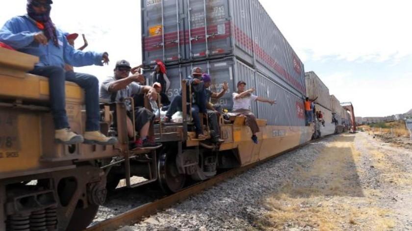 Una nueva caravana de migrantes hondureños se dirige a EU en busca de asilo