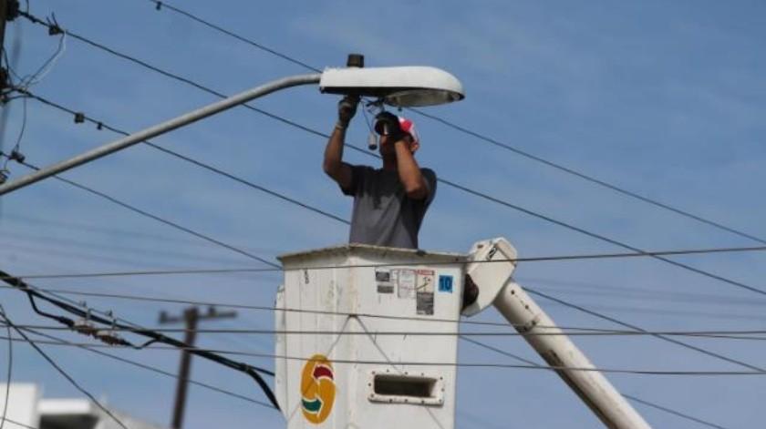 Faltan por reparar 11,500 luminarias en toda la ciudad