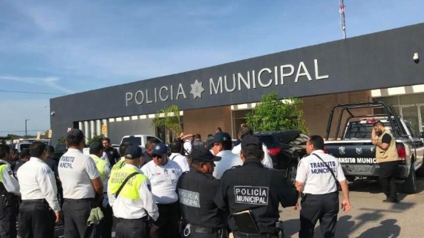 Policías de Guaymas renuevan su seguro de vida por 50 mil pesos