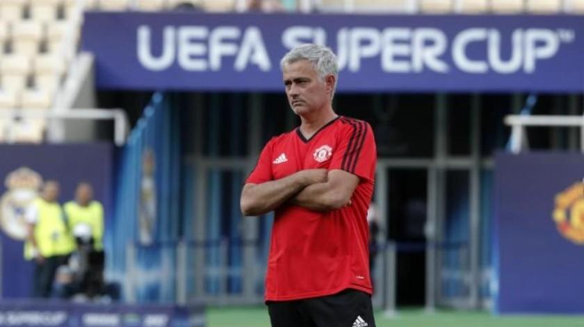 Multan con 17 mil 250 dólares a Manchester United por llegar tarde a partido de Liga de Campeones