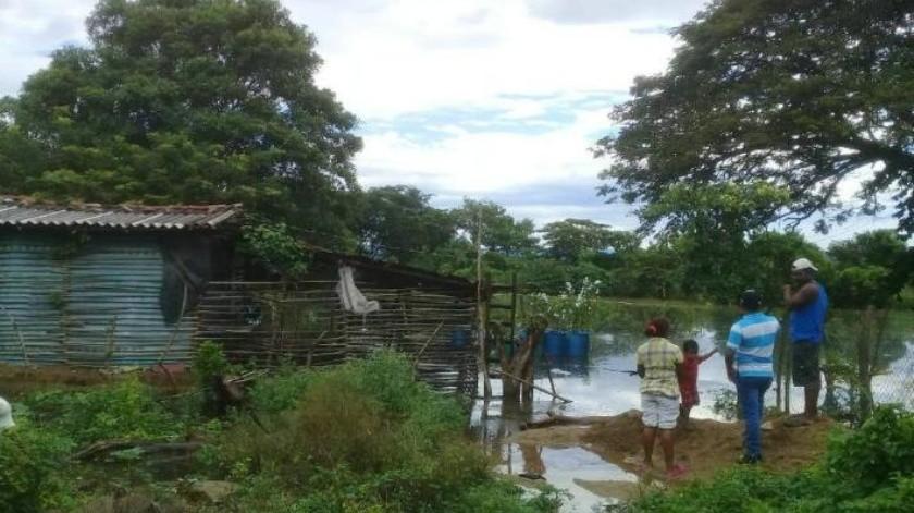 """Tormenta tropical """"Vicente"""" deja 9 muertos en su paso por Oaxaca; hay menores entre las víctimas"""