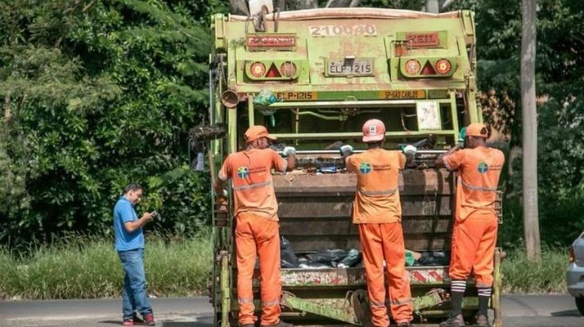 Mueren 5 hondureños en choque contra camión de basura; investigan al conductor