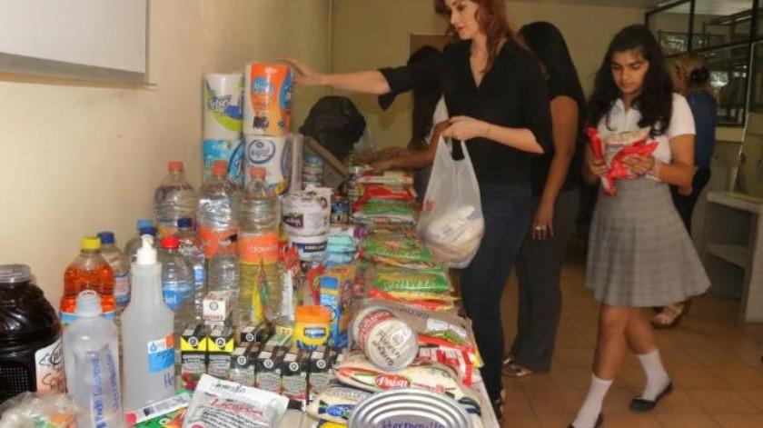 Organización Ciudadana de Cajeme realizan colecta para los migrantes
