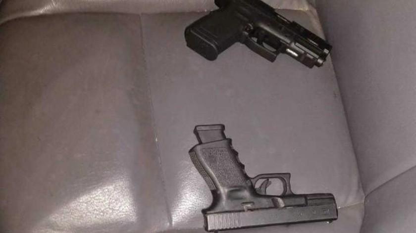 Caen tres presuntos delincuentes con armamento en Tijuana