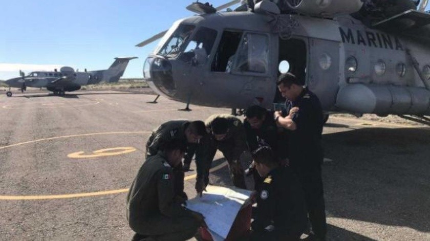 Buscan a efectivo naval tras caída de helicóptero de la Marina en Golfo de California
