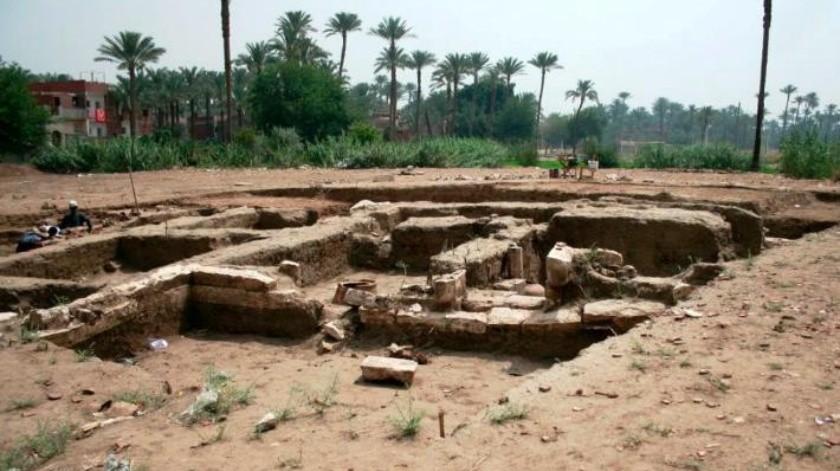 Descubren 'enorme' edificio antiguo en Egipto