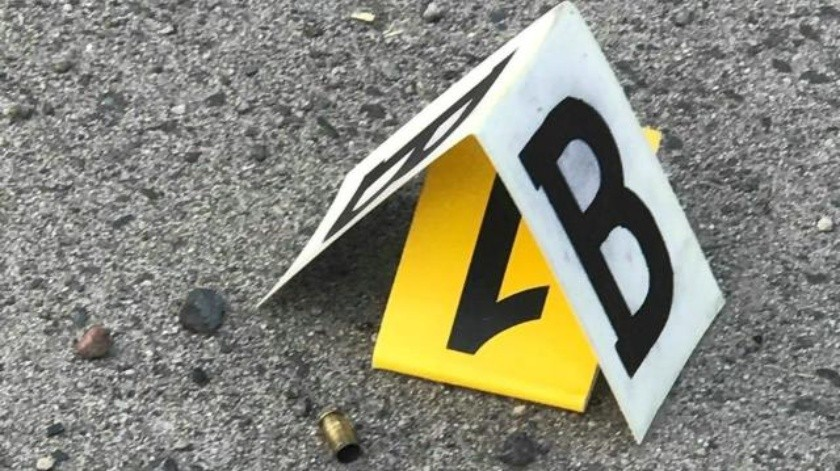 Mientras caminaba por el Centro de Caborca, un hombre fue atacado a balazos