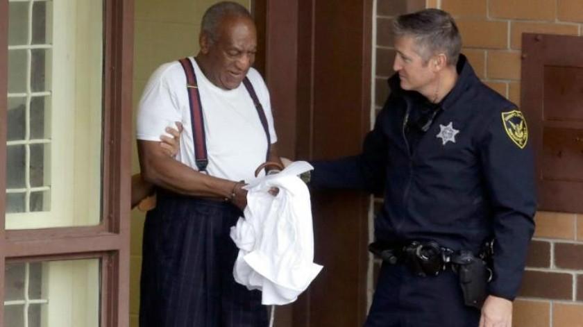 Bill Cosby pasa su primera noche en una celda individual