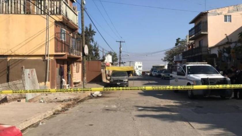 Matan a tiros a hombre dentro de vivienda en Camino Verde de Tijuana