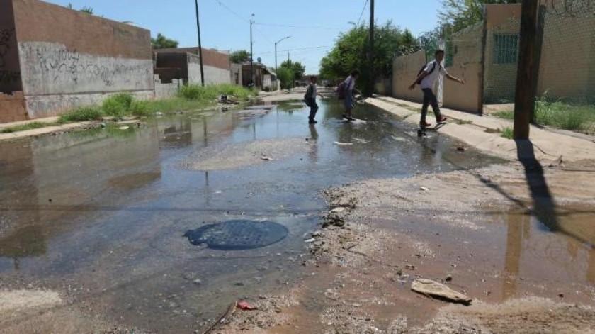 Colapsa drenaje en La Cholla