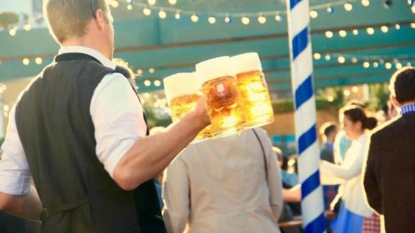 Con bat en mano, roban más de 100 mil pesos a repartidor de cerveza