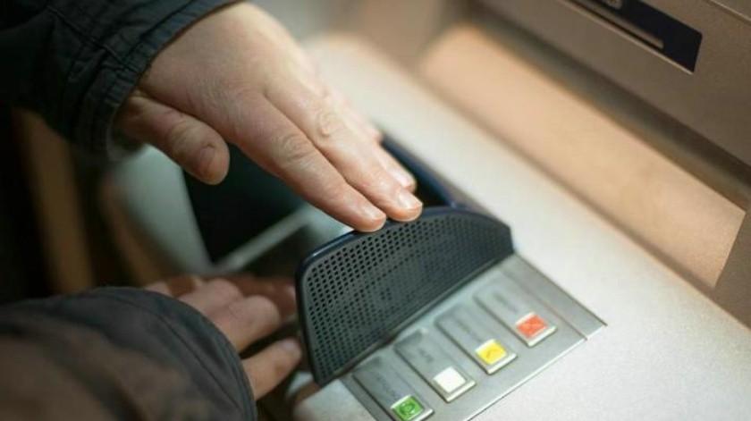 Despojan casi 100 mil pesos a dos mujeres que habían retirado en banco de Hermosillo