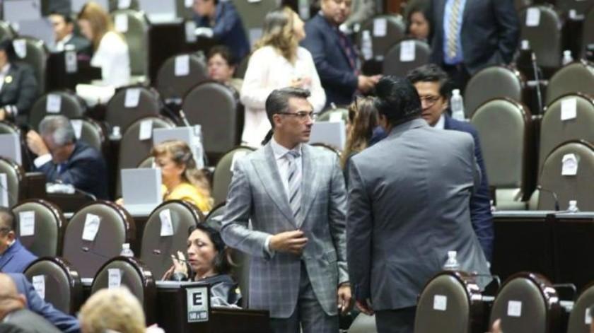 Líder de PES reta a Sergio Mayer a someterse a examen de cultura e historia