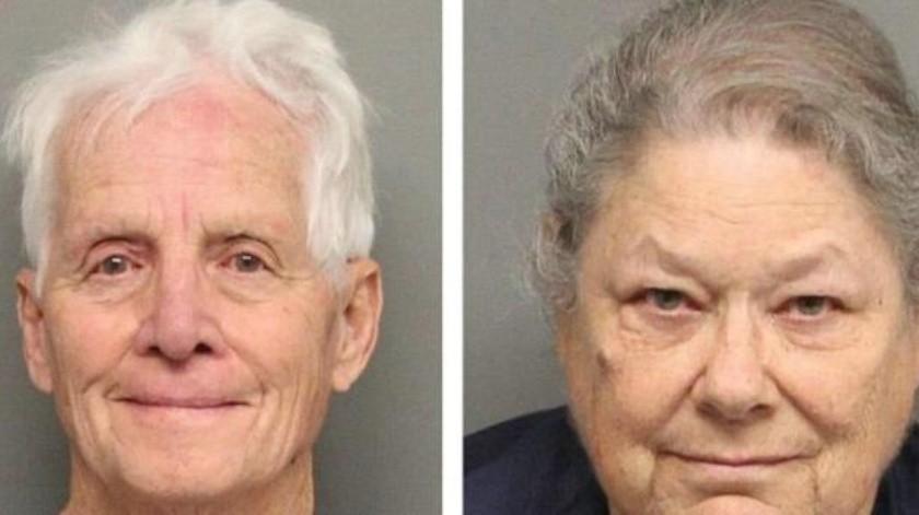 Pareja de ancianos es detenida con 27 kilos de mariguana, dijeron que era un regalo navideño