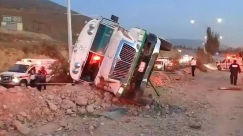 Arrestan a chofer por accidente de camión de personal