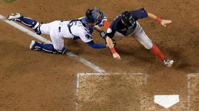 VIDEO: El out sensacional de Bellinger que mantiene vivo a Dodgers