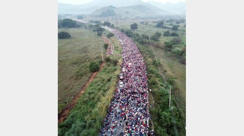 Caravana Migrante avanza pese a cerco de Gendarmería