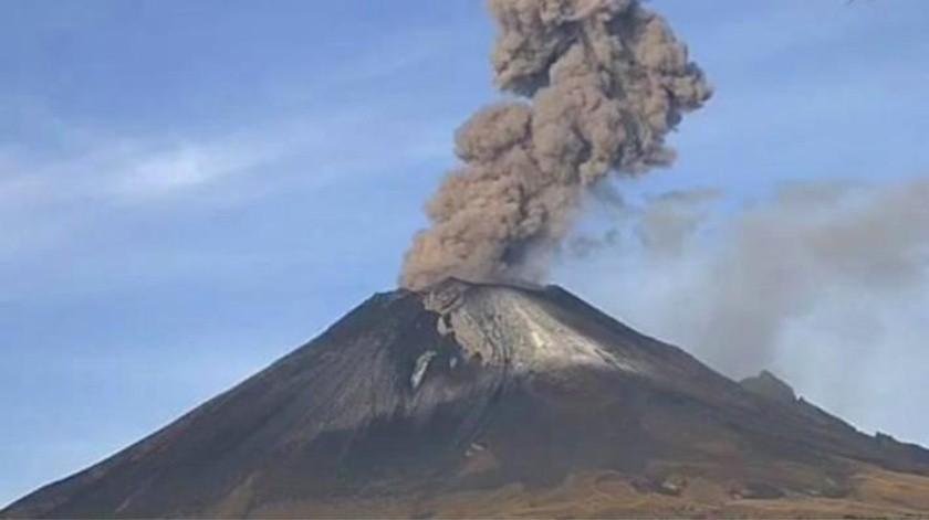 Tras explosiones del Popocatépetl, 9 delegaciones de la CDMX reportan caída de ceniza