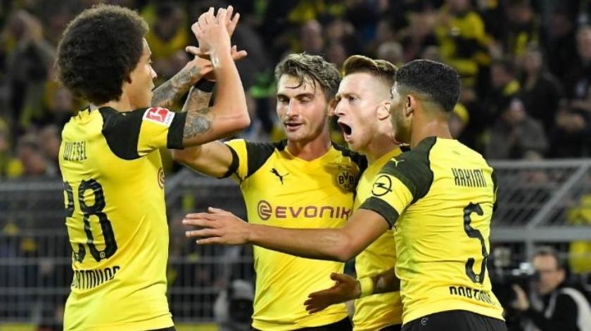 ''Asaltan'' Reus y Alcácer liderato en Alemania al Bayern; comanda Borussia