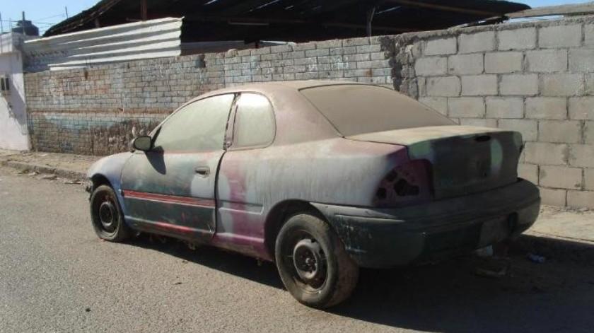 Retiran autos chatarra de las calles de Nogales