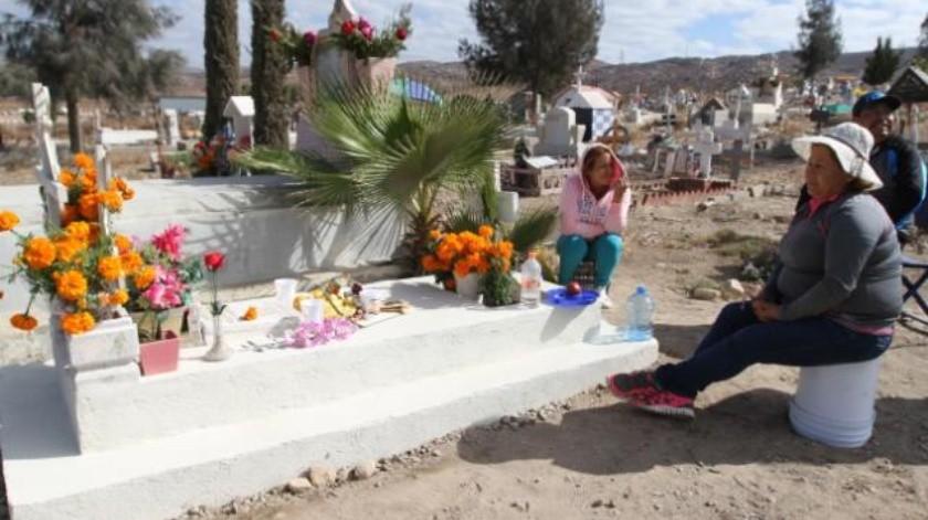 Se queda Tijuana sin espacio en panteones