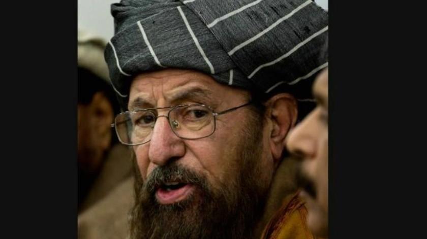 """Asesinan a puñaladas a """"El Padre del Talibán"""" en Pakistán"""