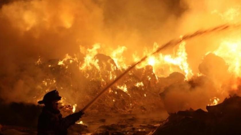 Mueren 2 abuelitos durante incendio de su vivienda