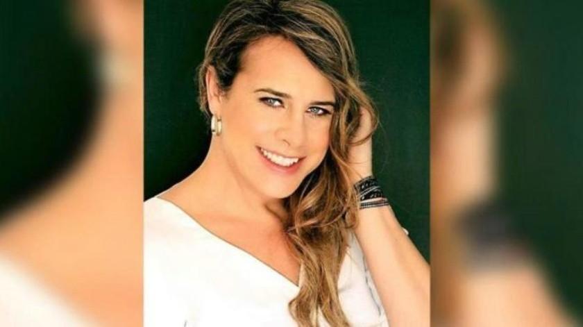 Se somente a liposucción Karla Sofía Gascón