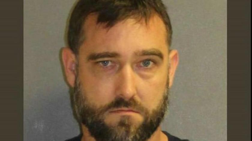 """Acusan a hombre de Florida de tener material explosivo llamado """"Madre de Satanás"""" capaz de volar un vecindario completo"""