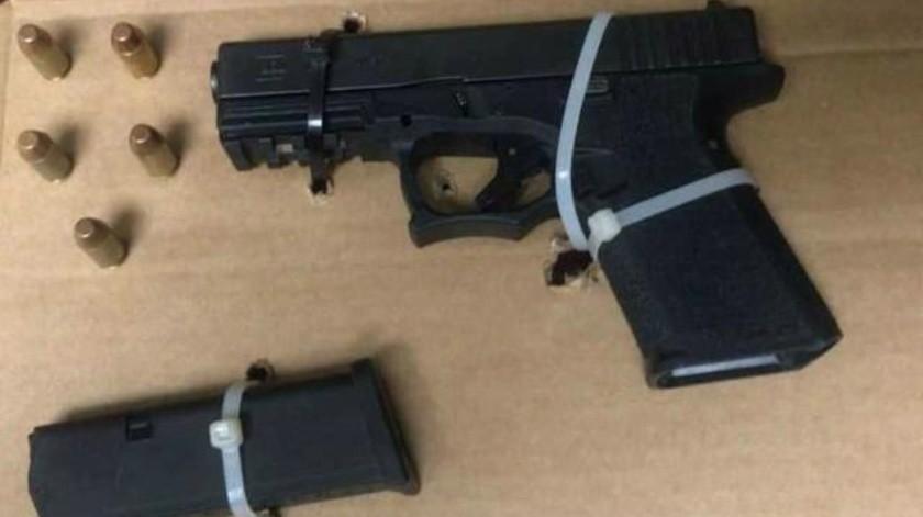 Apresa Policía a hombre armado en la Zona Norte de Tijuana