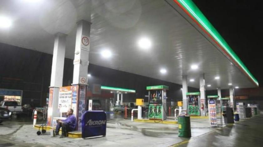 Gasolina supera los 20 pesos en Tijuana