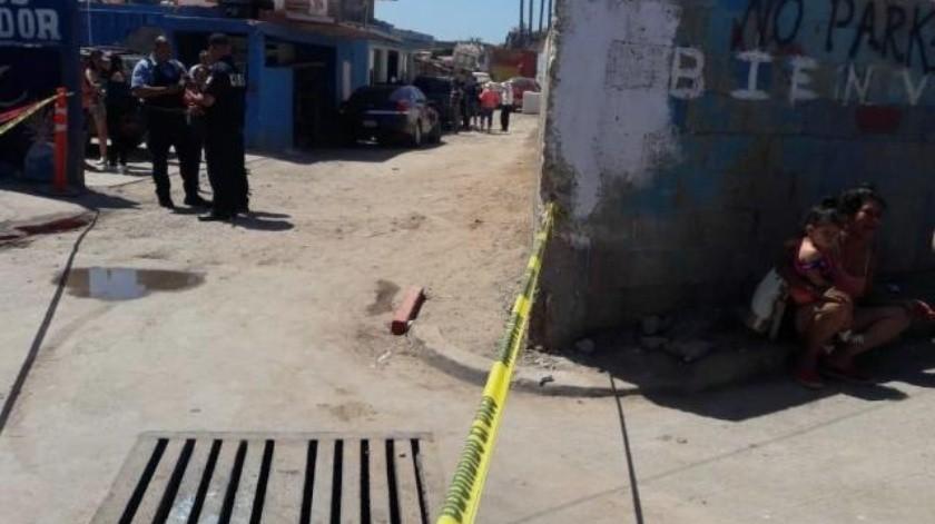 Muere apuñalado en riña originada en un restaurante de Popotla