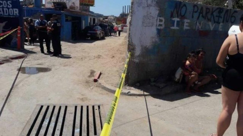 Hombre muere tras riña en un restaurante de Popotla