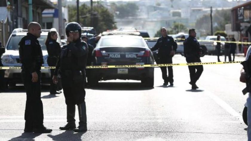 Lesionan a tiros a agente municipal en la Independencia