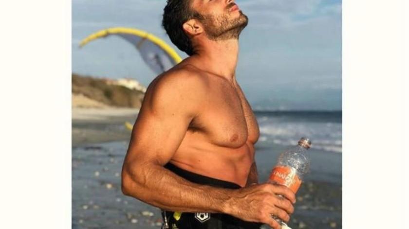 Aarón Díaz tiene accidente en la playa tras estar grabando