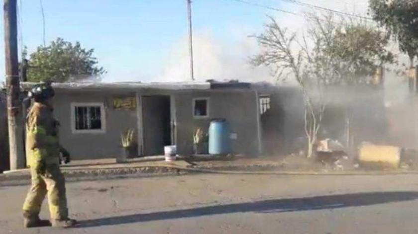 Incendio provoca movilización de 25 bomberos