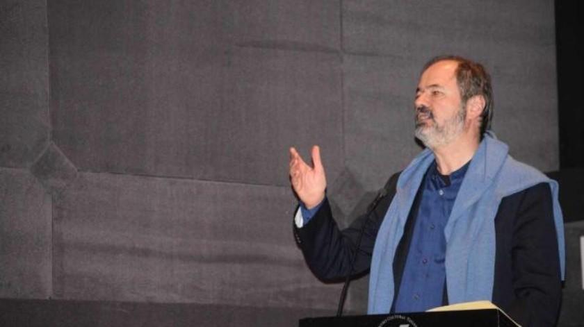 Destaca Juan Villoro legado de Carlos Monsiváis en el Cecut