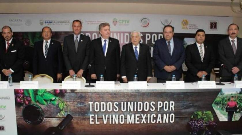 Presentan Ley de Fomento de la Industria Vitivinícola