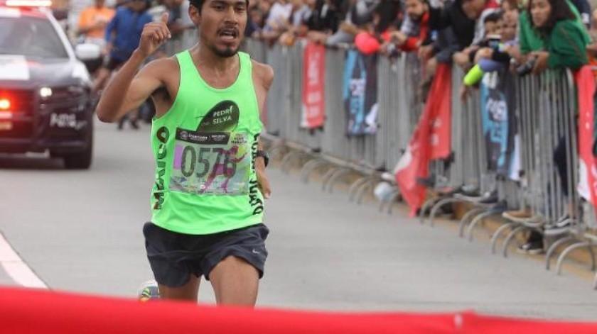 Gana guanajuatense Medio Maratón de Ensenada