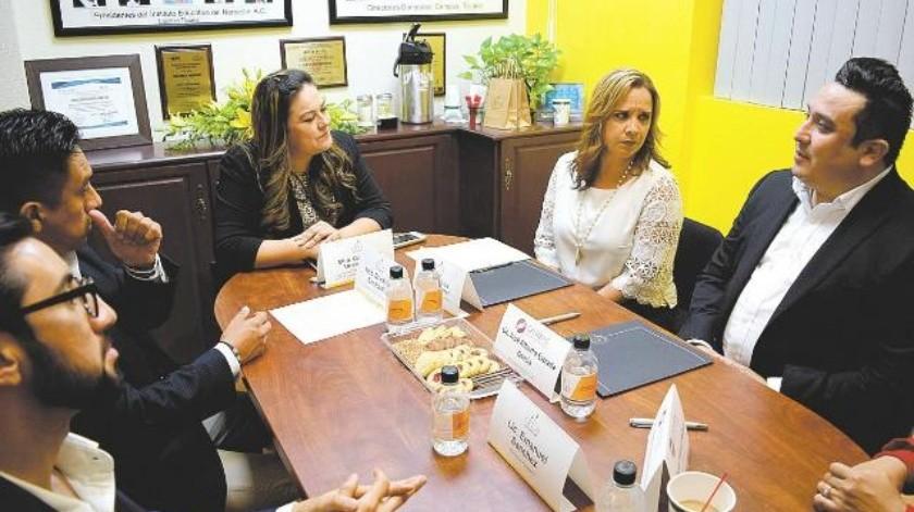 Firman Cetys y Canirac acuerdo para apoyar la industria restaurantera