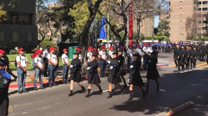 Conmemoran Batalla de Puebla con desfile cívico militar