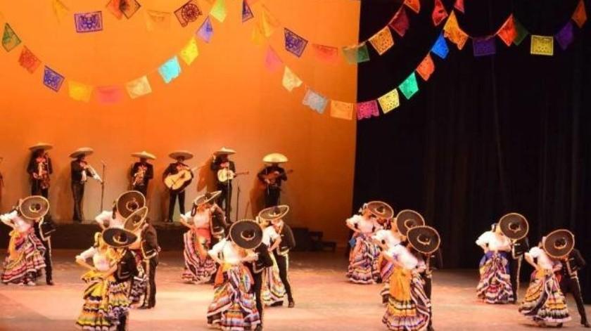 Ballet folklórico Yoneme encabezó en el Cecut, festival vive la danza