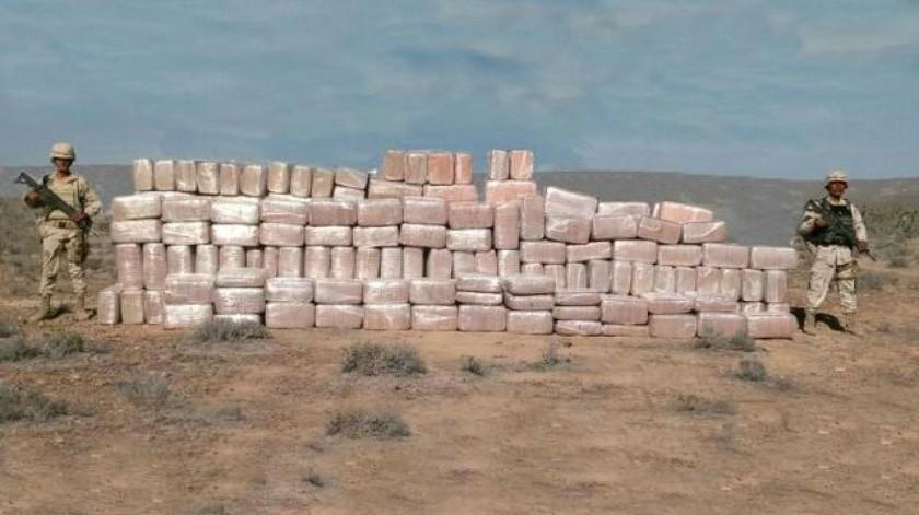 Decomisan más de 2 toneladas de droga