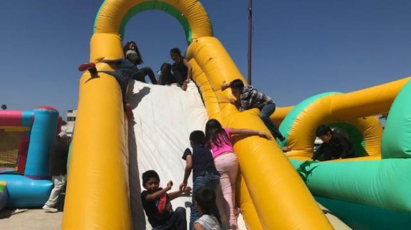 Celebran Día del Niño por adelantado en Playas de Rosarito