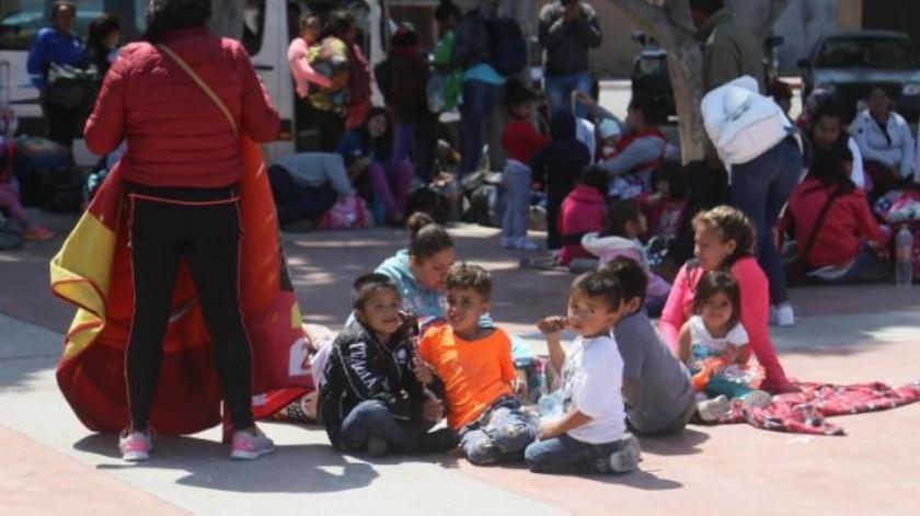 Solicitan niños auxilio a Donald Trump