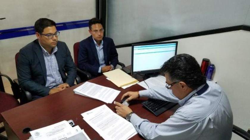 Interpone regidor denuncia penal contra el 22 Ayuntamiento